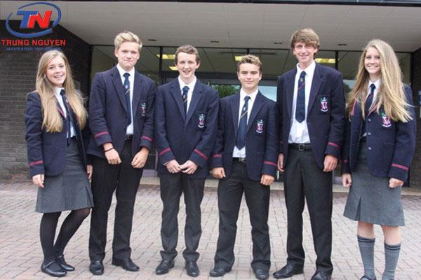 Đồng phục học sinh nam đẹp