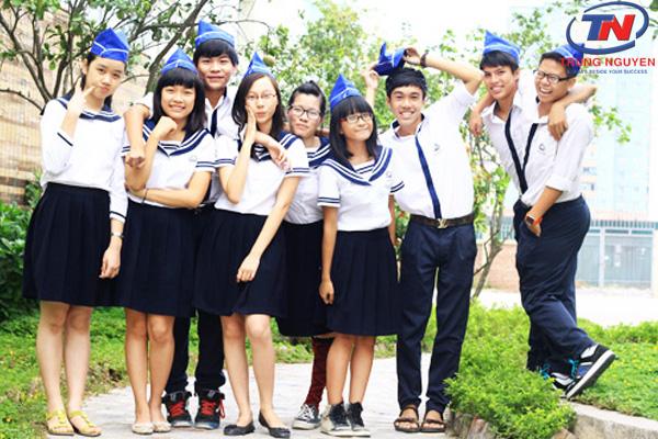 Thời trang học sinh cấp 2