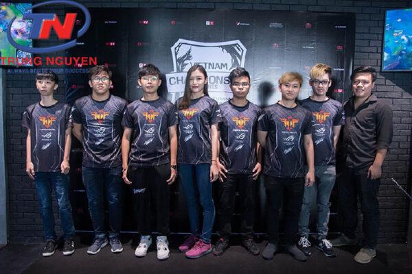 Áo nhóm game thể hiện niềm đam mê