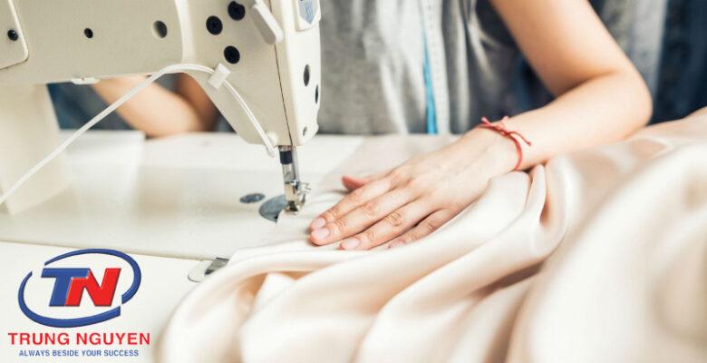 cách chọn xưởng may quần áo trẻ em