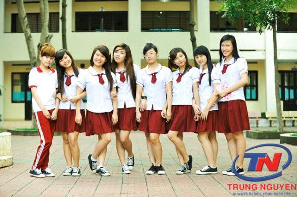 May áo đồng phục học sinh